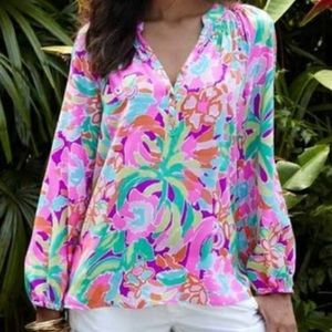 Lilly Elsa top small